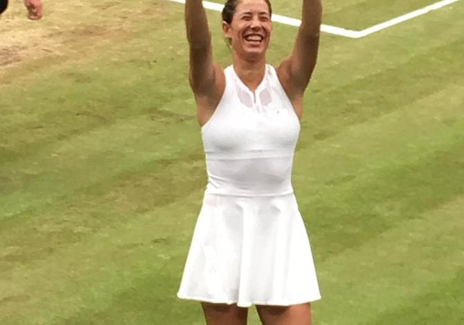 Garbiñe Muguruza doblegó a Venus Williams y logró su primera corona de Wimbledon