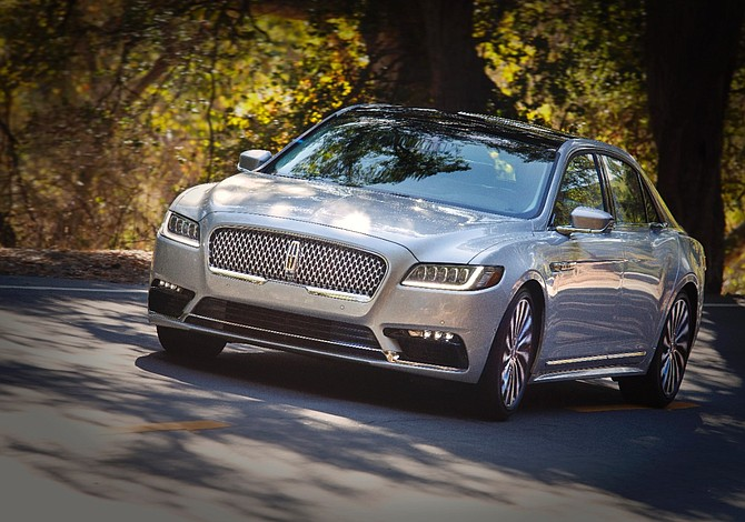 Nuevo Lincoln Continental ganó codiciado premio de más alto en seguridad de IIHS