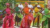 Mujeres Afro-Puertorriqueñas con traje típico de Bomba