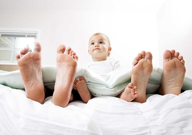 La llegada del primer hijo puede alejar a las parejas