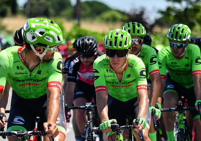 Histórico segundo lugar consigue el colombiano Urán en el Tour de Francia por detrás de Chris Froome campeón del evento