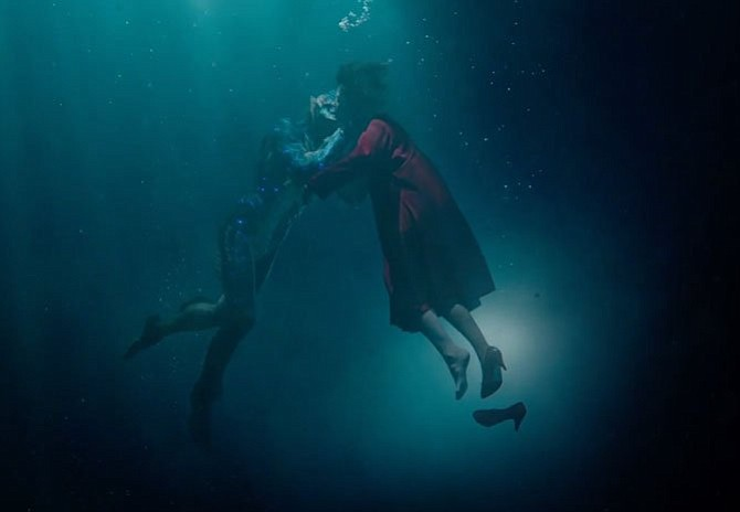"""Del Toro: """"La forma del agua"""" muestra el poder del amor"""