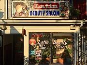 COLUMBIA HEIGHTS. En el vecindario de gran población latina, Latin Beauty Salon ofrece un ambiente cálido y acogedor a sus clientes.