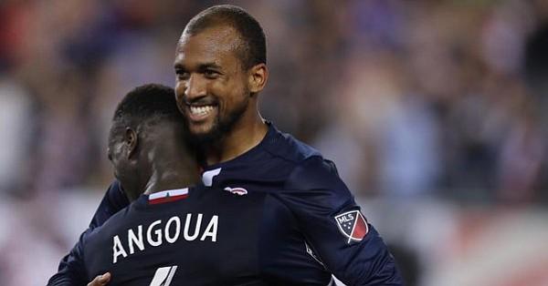 Durante una fiesta de goles New England Revolution venció 4-3 a LA Galaxy
