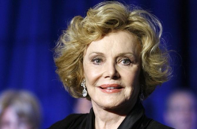 Barbara Sinatra, la viuda de Frank Sinatra, murió a los 90 años