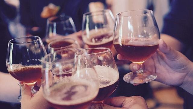 Aparentemente, las generaciones mas jóvenes no están tomando tanta cerveza como antes.