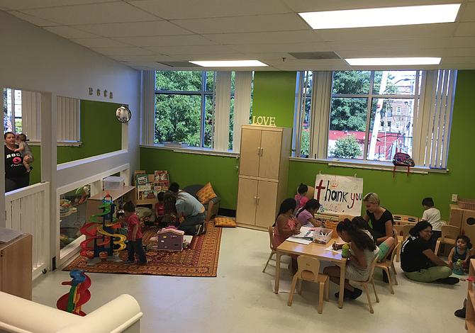 CHELSEA: Nueva sala de juegos para niños en Roca
