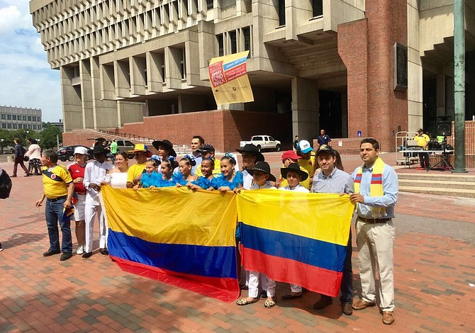 Comitiva de colombianos visitó Boston