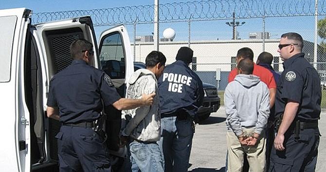 En segunda redada a nivel nacional: Cientos fueron arrestados por el ICE