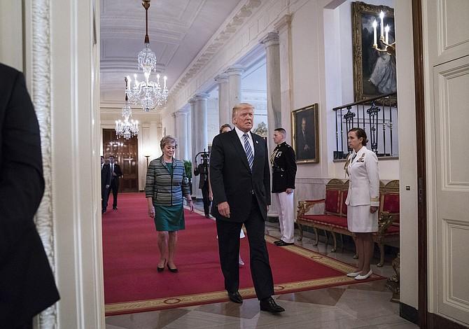 Bajo la nueva regla migratoria de Trump, probablemente su propio abuelo no habría entrado a EEUU