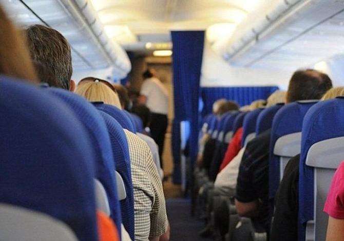 Diez hospitalizados por turbulencias en vuelo de American Airlines a Filadelfia