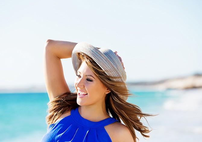 Trucos para cuidar el cabello durante el verano