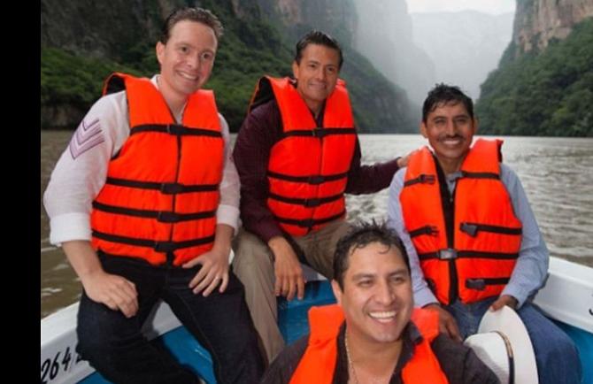Peña Nieto publicó y luego retiró foto con cantante vinculado a narcotráfico
