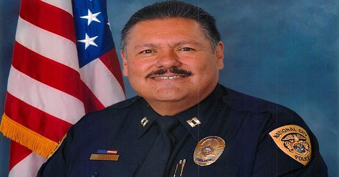 Teniente José M. Téllez un latino distinguido dentro de la corporación, fue merecidamente ascendido. Foto-Cortesía.