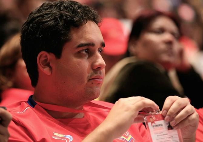 Vinculan a Nicolasito, hijo de Maduro, con el Chapo