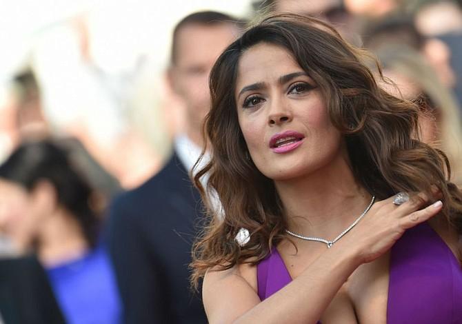 A Salma Hayek le enfurece falta de actores latinos en los Óscar