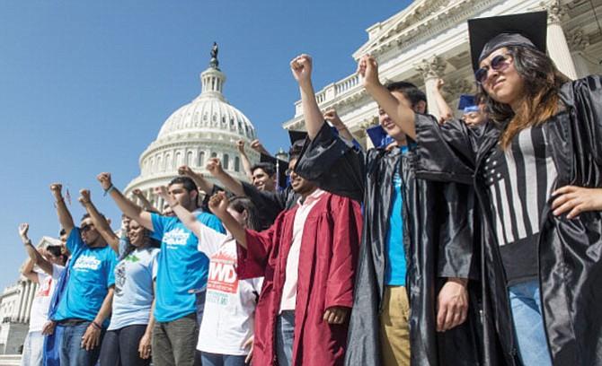En defensa de los programas DACA y TPS