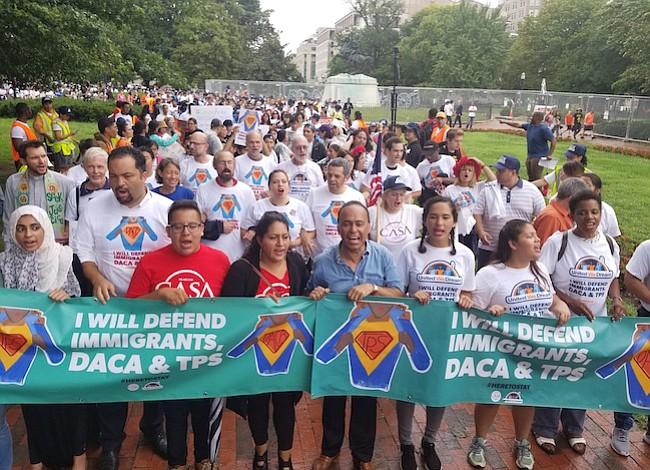 Inmigrantes inician nueva fase de protesta con resistencia civil y huelga de hambre