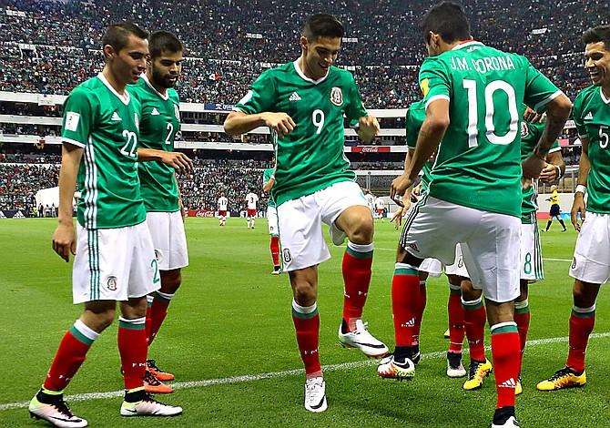 México busca terminar la pesadilla y sellar clasificación