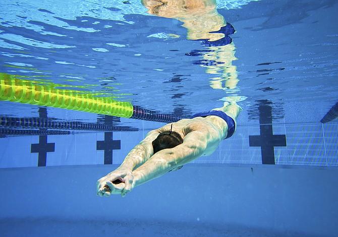 ¡Al agua! Conoce los beneficios de la natación para tu salud