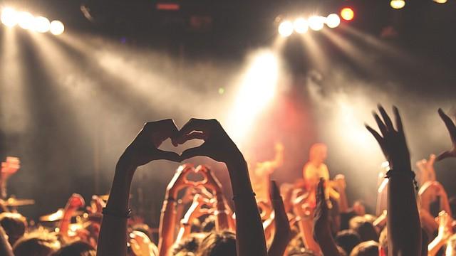 Los conciertos son una gran opción para los que buscan entretenerse en el otoño