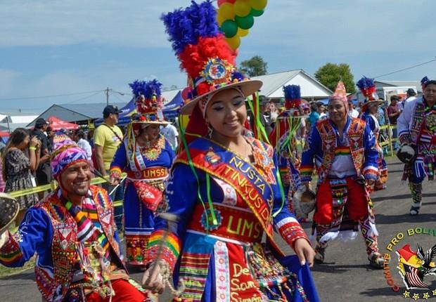 COREOGRAFÍAS. Las fraternidades despliegan danzas y coreografías como se aprecia en esta foto de la edición 2016 del Festival.