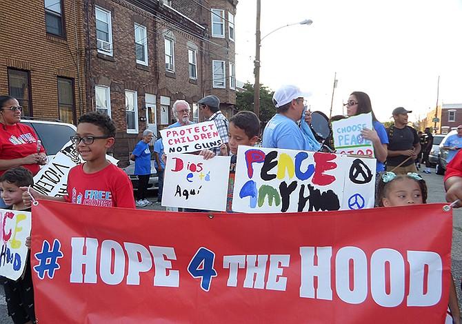Exitosa marcha interreligiosa por la paz