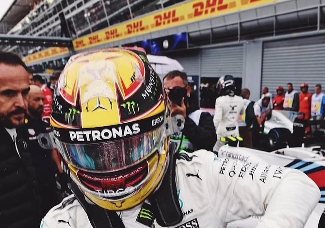 Lewis Hamilton ganó el Gran Premio de Italia y comanda el campeonato mundial