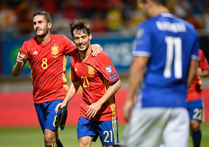 España y Serbia dan otro paso hacia el Mundial