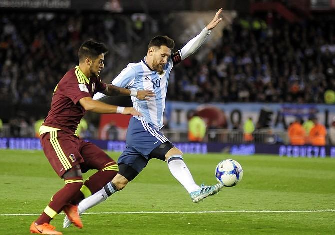 Argentina complicó su clasificación al empatar con Venezuela