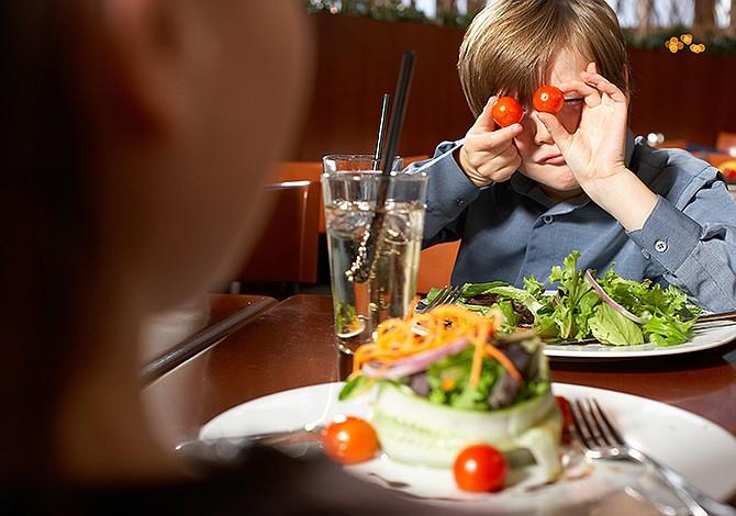 Cómo elegir un buen menú infantil en restaurantes