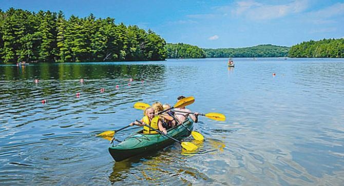 Descubriendo los kayaks  y las canoas