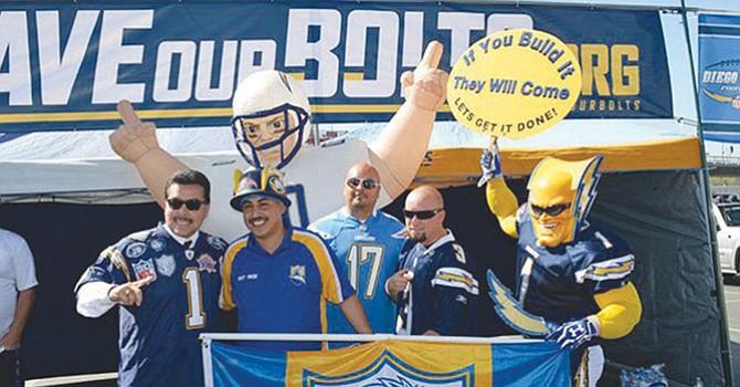 La mudanza de Chargers a la ciudad de Los Ángeles no sólo dejó un vacío entre sus aficionados, sino en incertidumbre el futuro de la propiedad en Mission Valley. Foto-Archivo: Horacio Rentería/El Latino San Diego.
