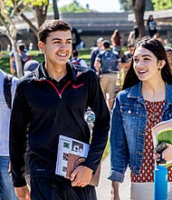 Con recursos estatales, tutores y consejeros trabajan en nuevos programas para retener estudiantes en las aulas. Foto: Southwestern College News Center.