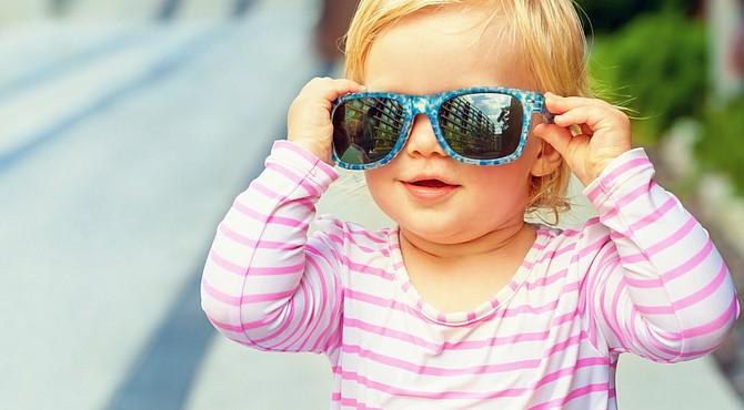 ¿Son necesarios los lentes de sol para los bebés?