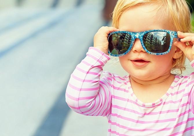 ¿Los bebés necesitan usar lentes de sol?