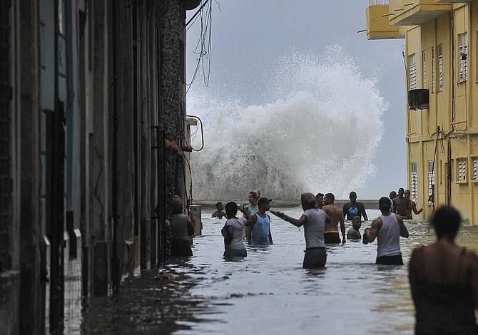 10 muertos en Cuba tras el paso de Irma