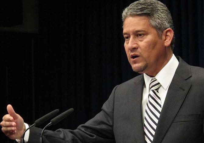 Secretario de Estado recuerda a notarios de Pennsylvania nuevos requisitos de educación