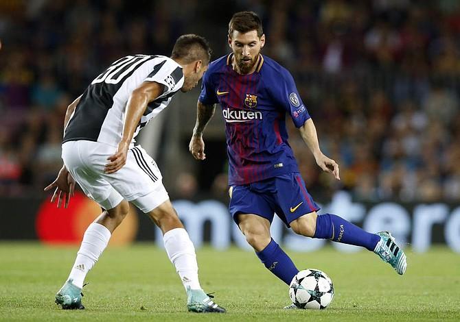 Messi guió al Barcelona y Neymar al PSG en el inicio de la Champions League