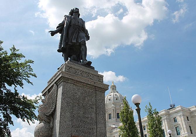 Vandalizada estatua de Cristóbal Colón en Central Park