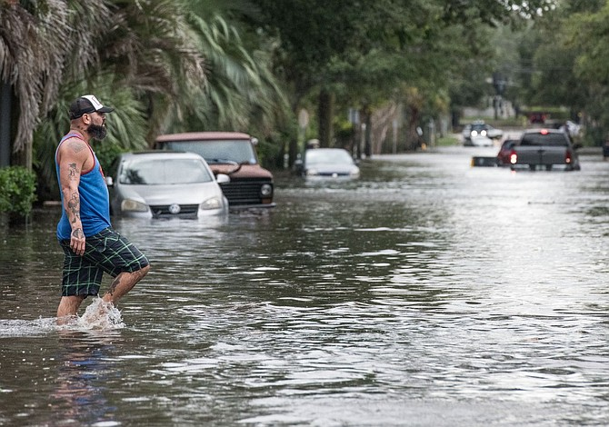 Irma deja saldo provisional de más de 30 muertos en EEUU