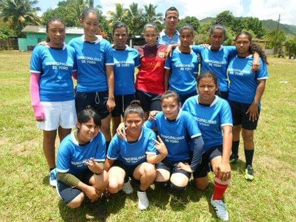 El equipo de Larissa Paz en Honduras.