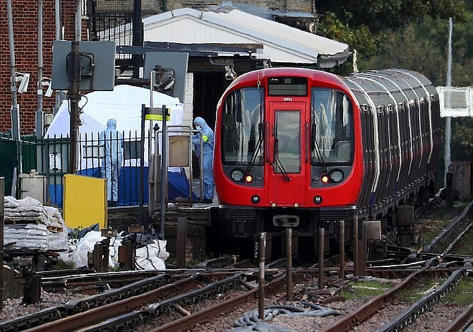 29 heridos en explosión en metro de Londres investigada como acto terrorista