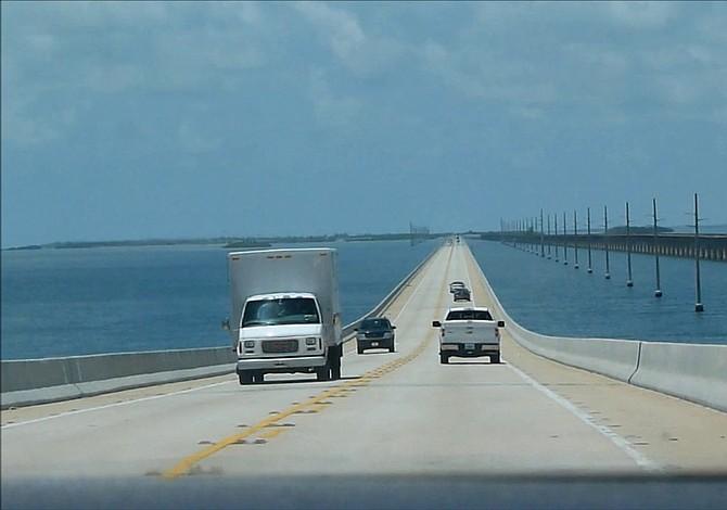 Normalidad vuelve a Cayos de Florida, pero aún no están listos para turistas