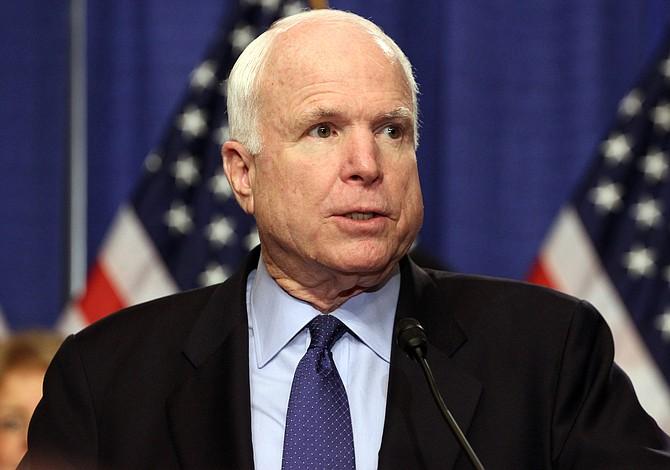 McCain votará en contra de nueva propuesta para tumbar Obamacare