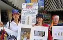 María Eugenia Guevara, médico pediatra y vocera de Alianza Venezolana para la Salud (AVS) en EEUU, pidió frente a la sede del organismo en DC, que se retomen las discusiones sobre la crisis que vive Venezuela para que el régimen de Maduro reconozca que necesitan apoyo internacional, ya que las cifras son alarmantes.