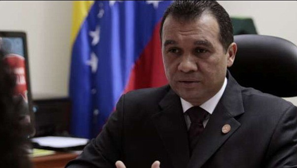 ¿Por qué estos funcionarios venezolanos clave aún no han sido sancionados?