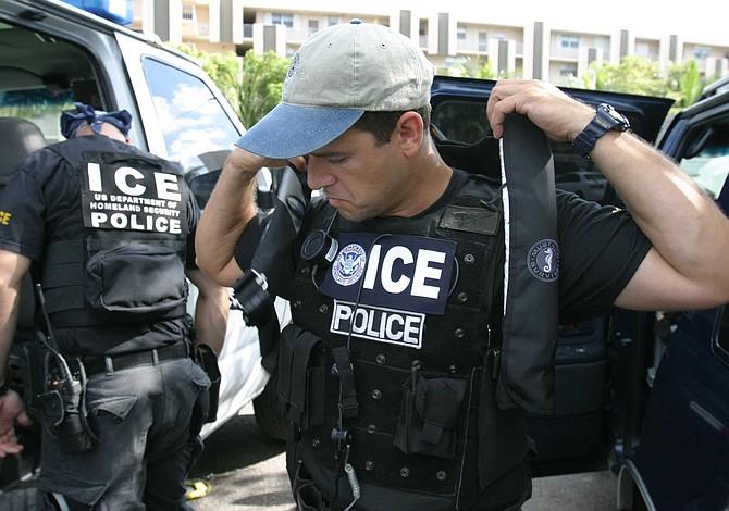 ICE inicia redadas de deportación en el norte de California