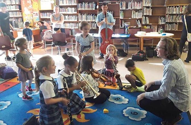 Promoviendo el arte de la música en los niños