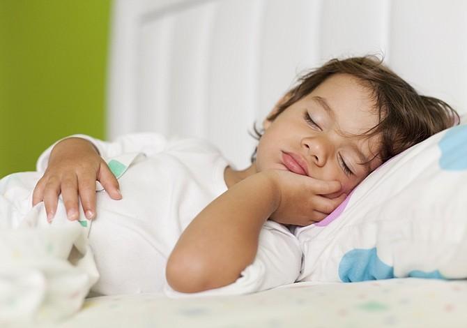 10 cuentos infantiles para que tus hijos tengan felices sueños